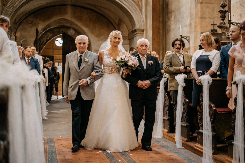 Svatební fotograf Slaný